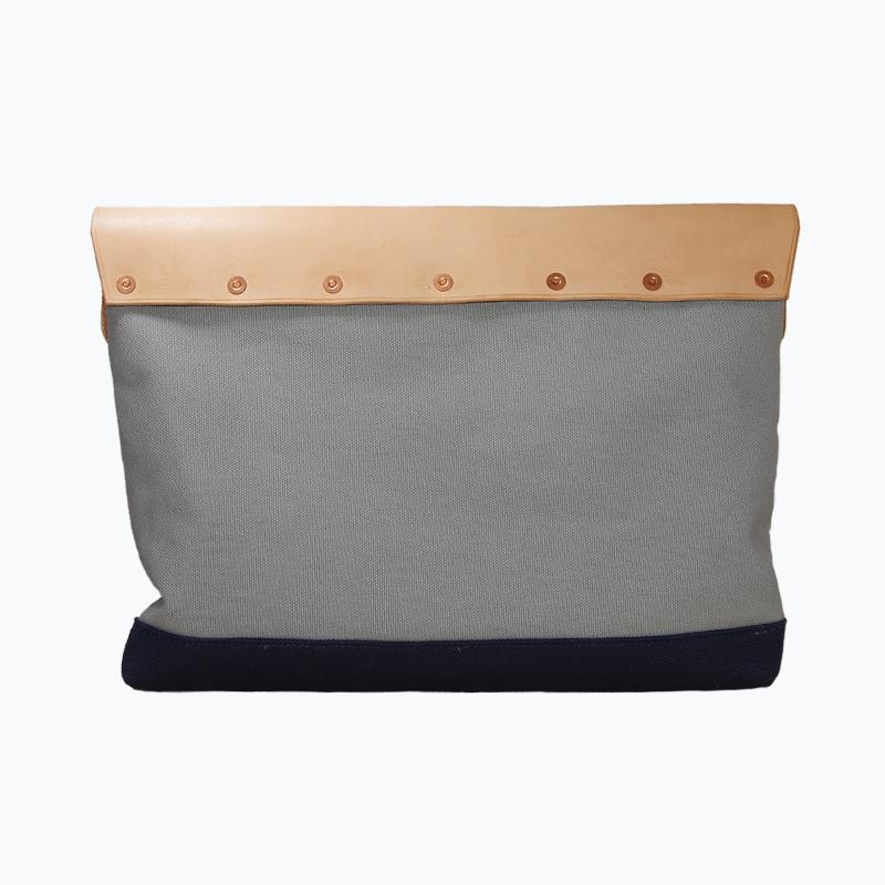 キャンバス&レザークラッチバッグ グレー - Gray Canvas & Leather Clutch
